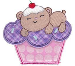 Cupcake Critters Applique 12