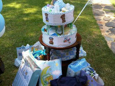 Pats Raggedy Bears Diaper Cake