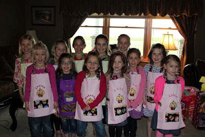 Pats Cupcakes Aprons