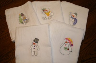 Kyras Frostie Hugs Flour Sack Towels