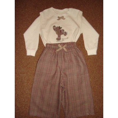 Linda Gingerbreads Applique Outfit 1