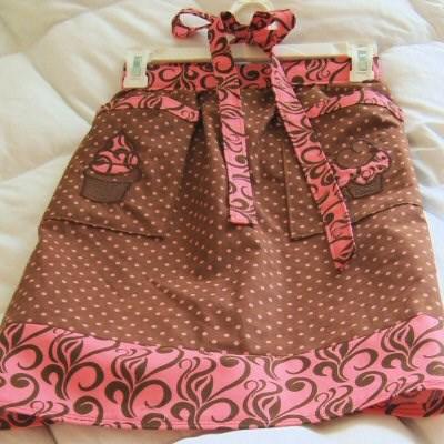 Lyndas Lifes A Cupcake Skirt