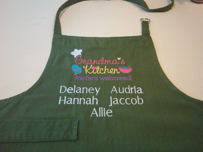 Bonnies Dear Grandma Apron