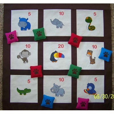 Carolyns Might Jungle Animals Toss Game