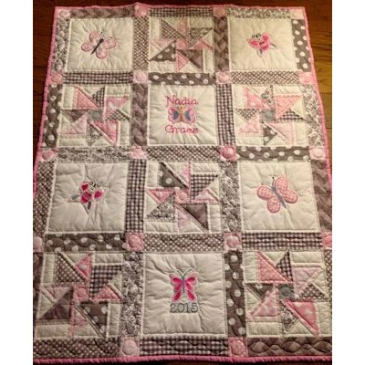 Linda Bunnycup Bugs Quilt