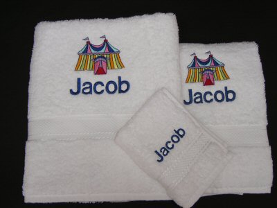 Lauras Circus Towel Set