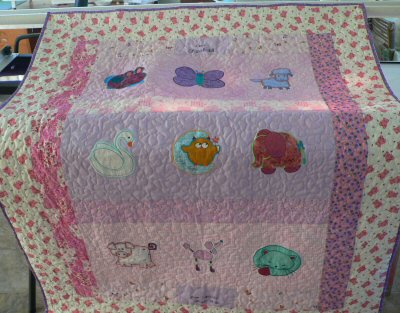 Caroles Applique Quilt