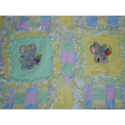 Joans Little Nellie and Jumbo Rag Quilt