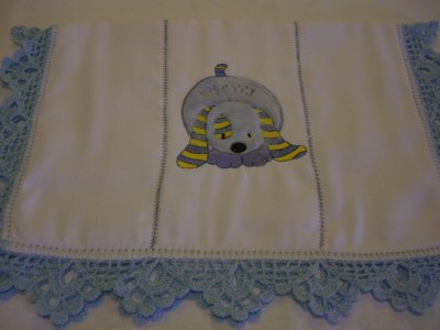 Mirta - Sweet Inspirations Applique Burp Cloth