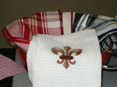 Jennifers Fleur De Lis Tea Towel