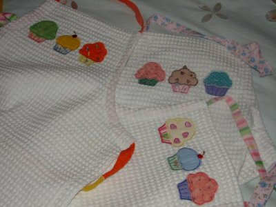 Paulines Cupcakes Aprons