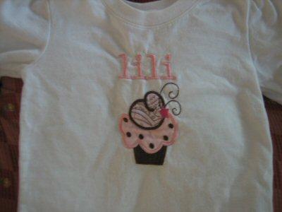 Ingrids Lifes A Cupcake Tee