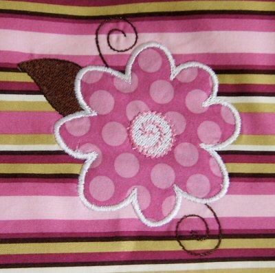 Lyndas Funky Flowers Applique Burp Cloth